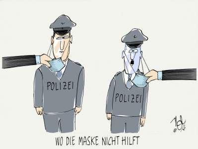 polizei rechte gesinnung chat maske